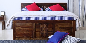 Avilys Queen Bed With Storage In Provincial Teak Finish
