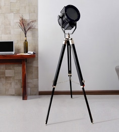 Black Metal Floor Tripod Lamp