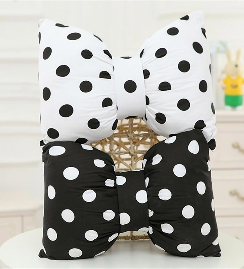 Black & White Microfiber and Polyester 12 x 16 Inch Bow Cushion - Set of 2 by StyBuzz
