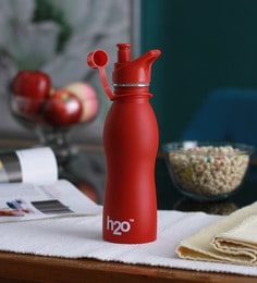 Celebration Gift H2O Red Stainless Steel 600 ML Trendy Water Bottle - 1606937