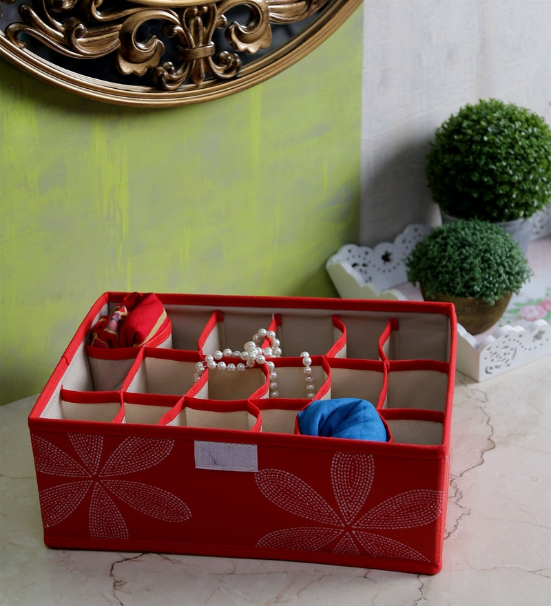 Red Canvas Clothes Organiser by Decorika