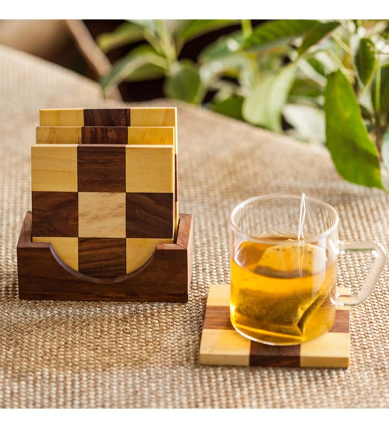 Exclusivelane Chess Patterned Brown Sheesham Wood Coasters with Stand - Set of 4