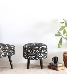 Fido Stool In White & Black Color