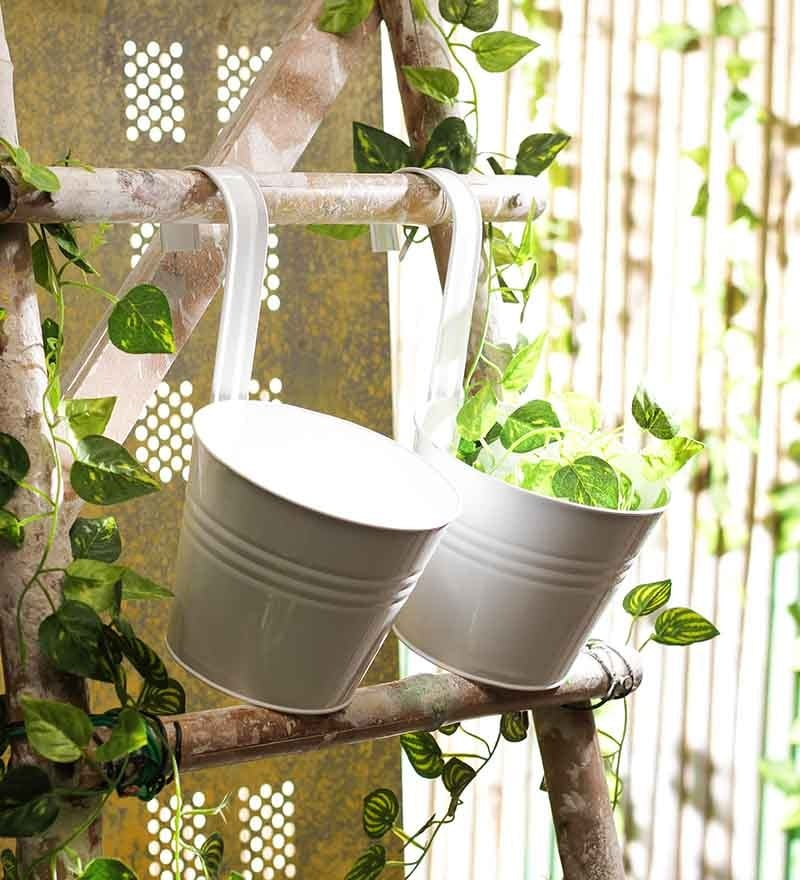 White Round Wall Planter - Set of Two by Go Hooked