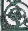 Karara Mujassme Green Cast Aluminium Victorian Style Shelf Bracket