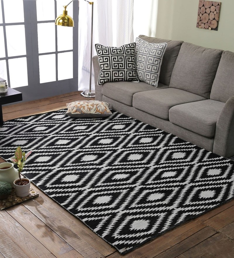 Black & White 100% Polyester Dhurrie by Loom Works
