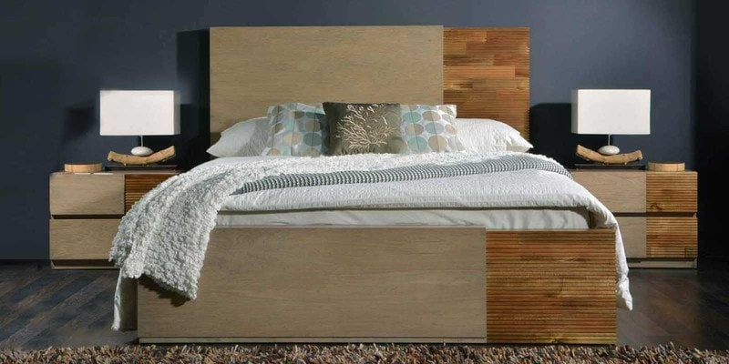 Lucio Queen Size Bed in Antique Grey & Natural Finish by Casacraft