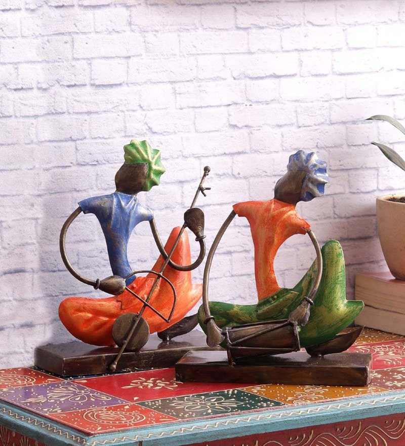 Multicolour Iron Royal Musicians Figure - Set of 2 by VarEesha