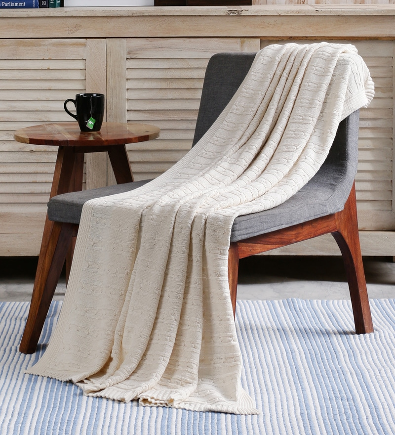 White Cotton Twisty Knitted Throw by Pluchi