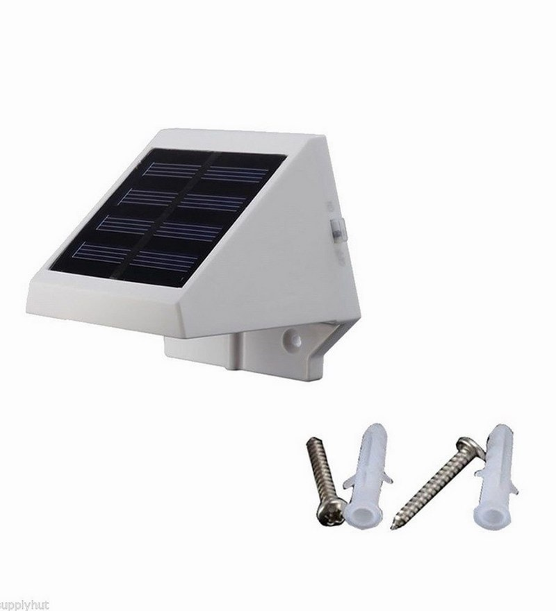 Solar LED Poly Propylene Solar Light by Quace