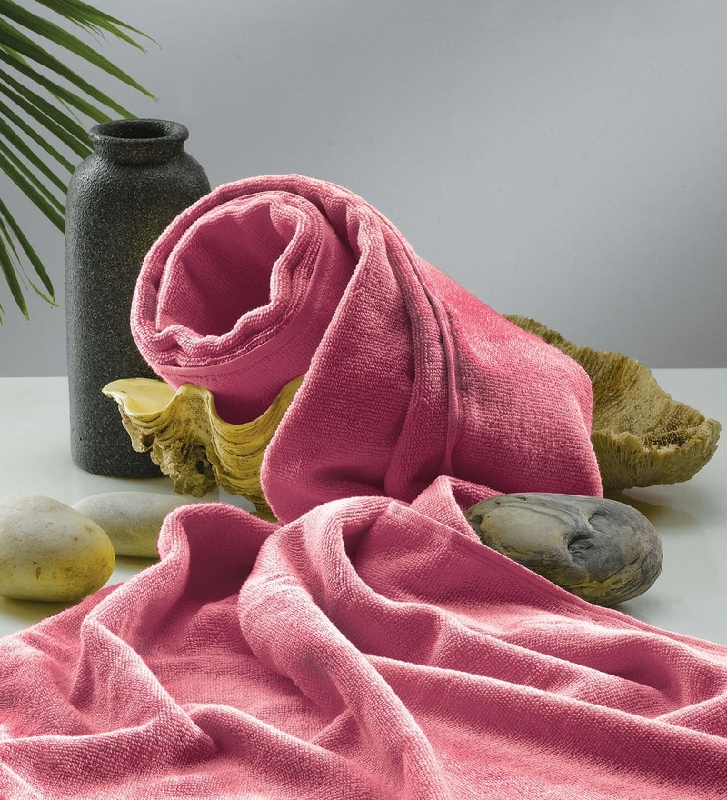 Flyer Pink Cotton Bath Towel by Raymond Home
