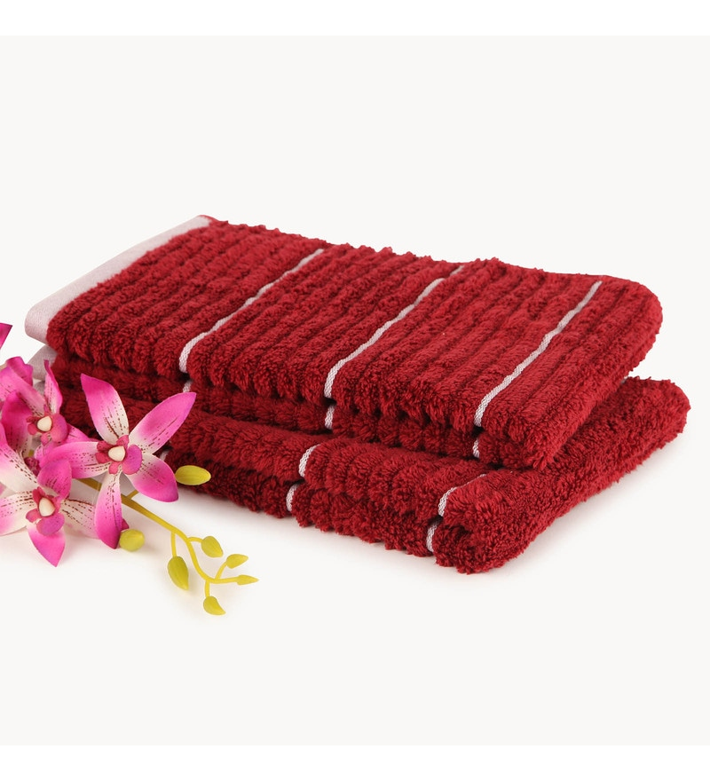 Garnet & Ivory 100% Cotton 16 x 24 Inch Exotica Towels - Set of 2 by Spaces
