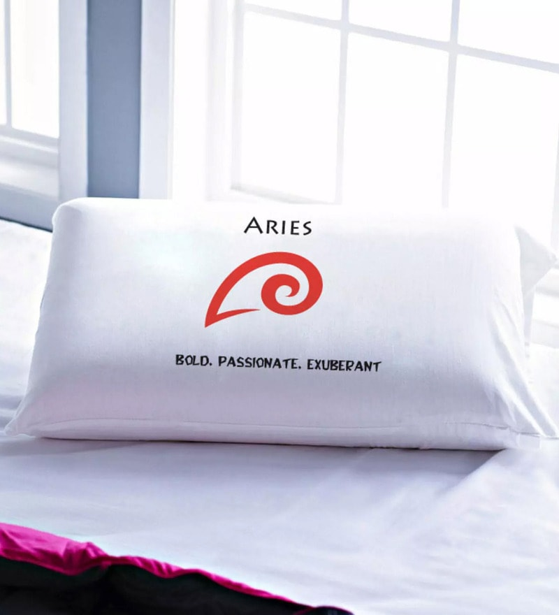 White 100% Cotton Pillow Cover by Stoa Paris