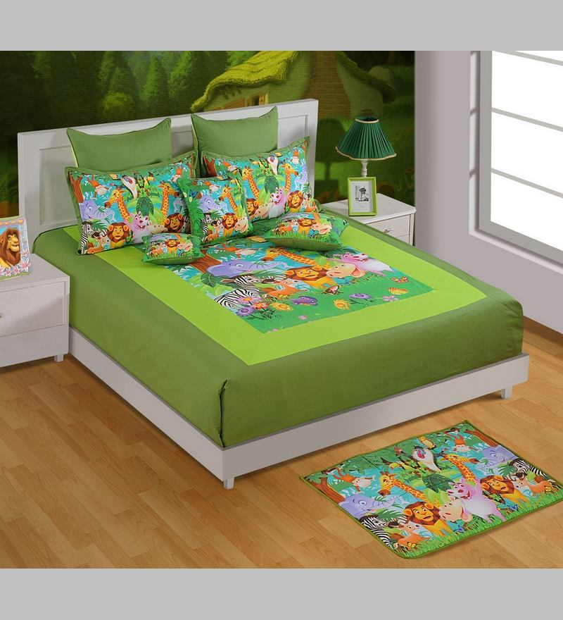 Funky Animal Print King-Size Cotton Bedsheet in Green with Pillow Covers (Set of 3) by Swayam