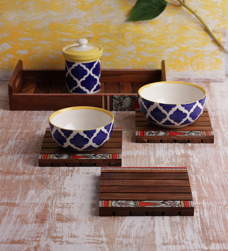 VarEesha Handmade Wooden Tray with Trivets - Set of 5